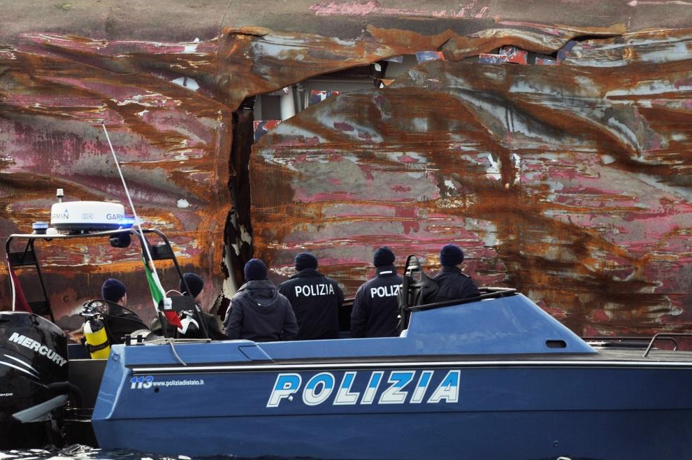 voie d'eau + police